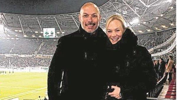 Bibiana Steinhaus là bạn gái của cựu trọng tài nổi tiếng Howard Webb