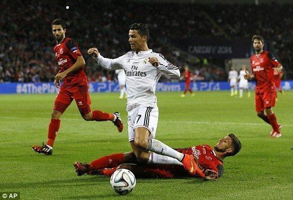 Real vs Sevilla ngày 15/5/2017 vòng 37 giải VĐQG Tây Ban Nha  La Liga