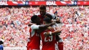 Sai lầm của Conte, FA Cup cho Wenger