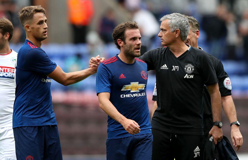 Adnan Januzaj nằm trong danh sách thanh lý của Jose Mourinho