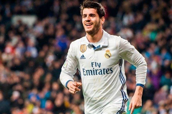 Morata vẫn được ông Del Bosque đánh giá cao dù ở lại Real Madrid hay sang M.U