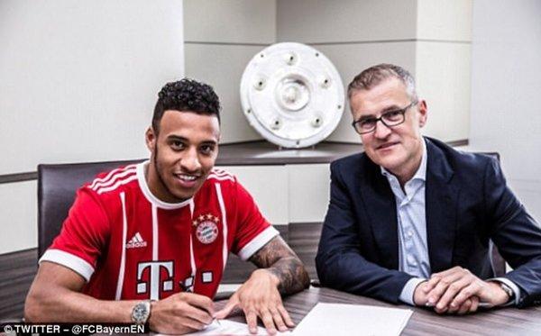 Corentin Tolisso gia nhập với mức phí chuyển nhượng kỷ lục của Bayern Munich