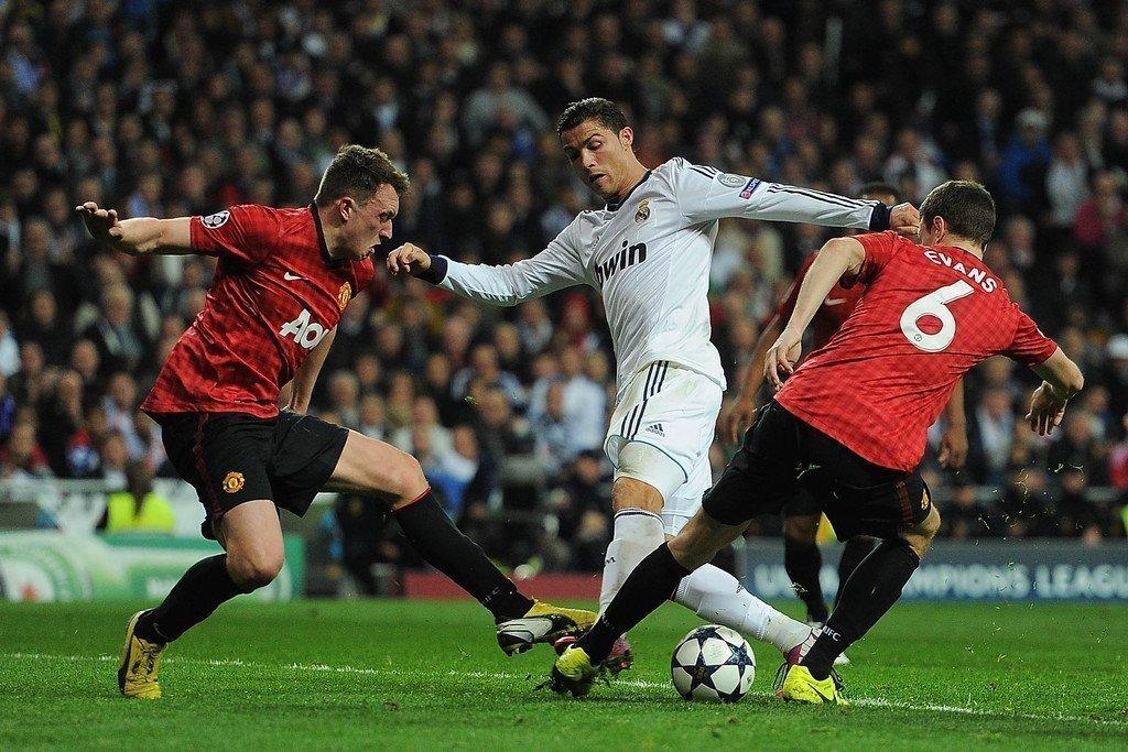 CR7 từng ghi 2 bàn ở 2 trận gặp lại Quỷ đỏ tại Champions League năm 2013