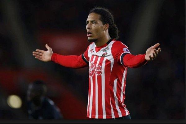 The Blues hy vọng sẽ tận dụng bất đồng giữa Southampton và Liverpool để giành Van Dijk