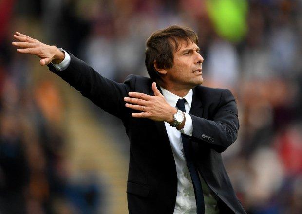 HLV Conte giận dữ khi Chelsea tự ý lên kế hoạch chuyển nhượng