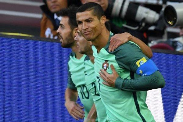 Ronaldo vẫn chưa chắc chắn ở lại hay chia tay Real Madrid sau scandal trốn thuế