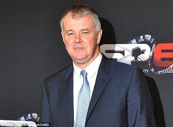 Theo Gary Pallister, các kình địch tại Premier League không khỏi ghen tị với thành công của M.U