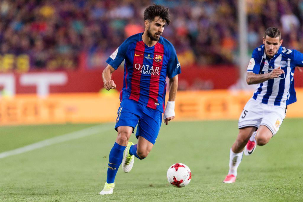 Gomes bị giới chuyên môn đánh giá là hợp đồng thất bại nhưng Barca vẫn tin vào anh
