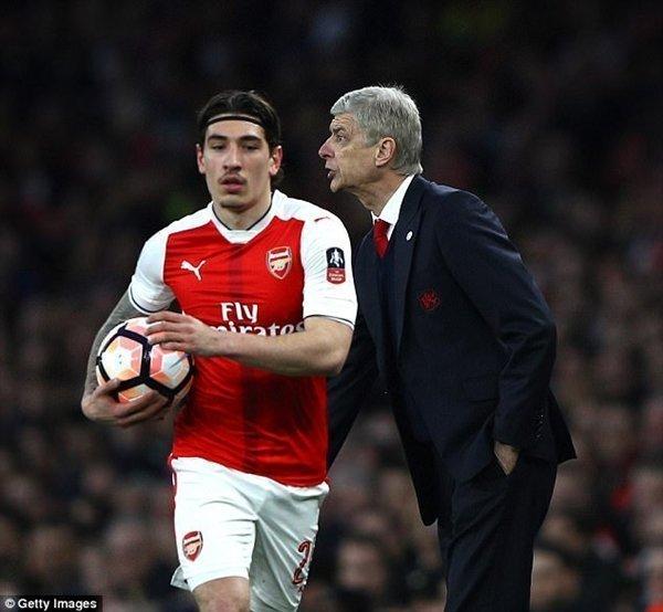 Bellerin từng cam kết gắn bó tương lai với Arsenal, nhưng đó là câu chuyện trước lúc họ lỗi hẹn với giải đấu danh giá nhất châu Âu