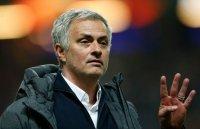 Mourinho tiết lộ lý do vì sao không tham gia chuyển nhượng với M.U