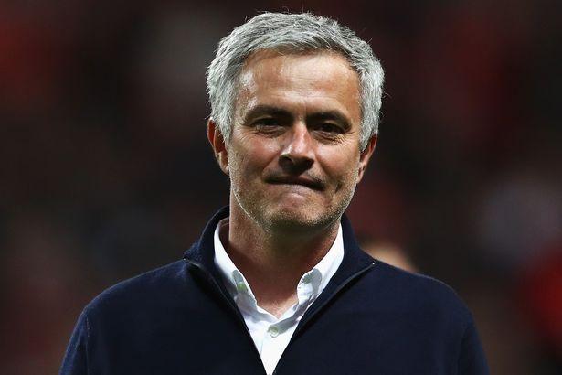 Jose Mourinho từng 2 lần điện thoại trực tiếp thuyết phục Alvaro Morata đến M.U