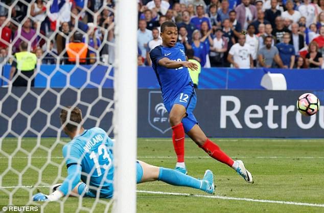 Mbappe nhận được rất nhiều sự quan tâm từ các đội bóng lớn của châu Âu, trong đó có Arsenal, M.U và Juventus