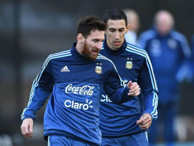 Lionel Messi nhận lương 500.000 bảng/tuần trong thỏa thuận mới với Barcelona