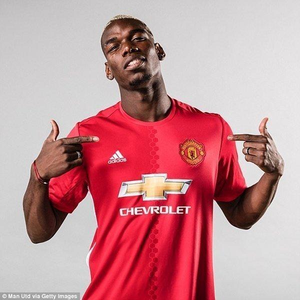 M.U được minh oan trong thương vụ tuyển mộ Paul Pogba từ Juventus hồi mùa hè năm ngoái