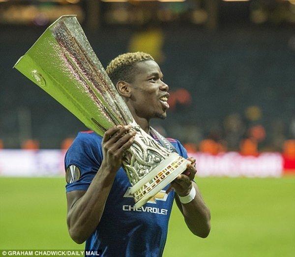 Pogba giúp M.U vô địch cúp Liên đoàn Anh và Europa League