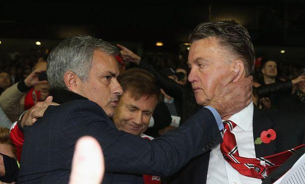 Mourinho đã làm tốt hơn Van Gaal
