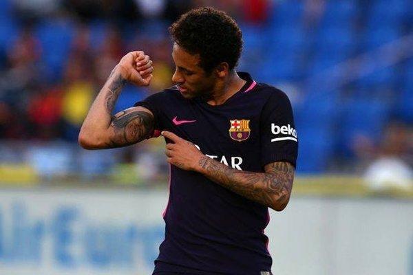 Neymar nổi lên là gương mặt phù hợp nhất có thể thay thế Ronaldo