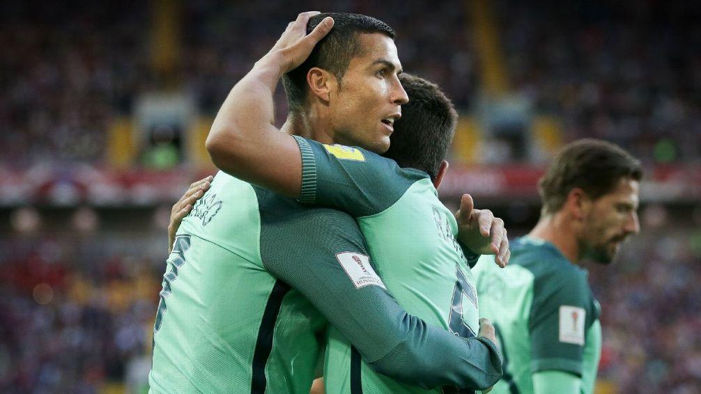 Ronaldo ghi bàn thắng duy nhất cho Bồ Đào Nha