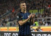 Inter chốt giá và thời hạn cuối bán Ivan Perisic cho MU