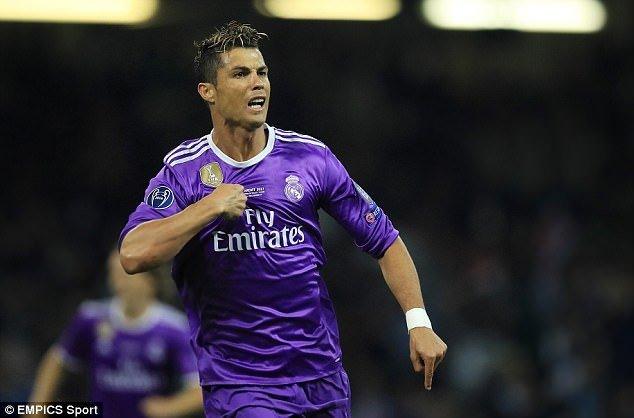 """Los Blanco sẵn sàng """"hy sinh"""" cả Cristiano Ronaldo để thuyết phục Mbappe đến Bernabeu"""