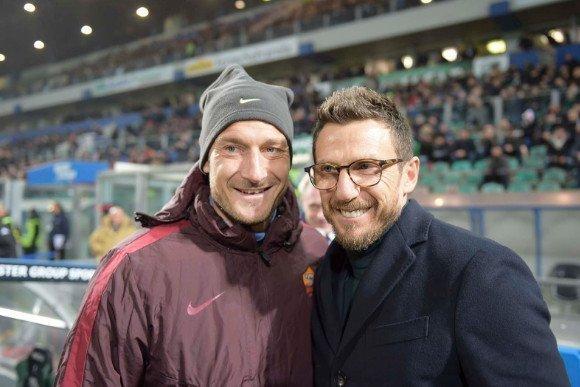 Francesco Totti quyết định ở lại để phò tá Eusebio di Francesco