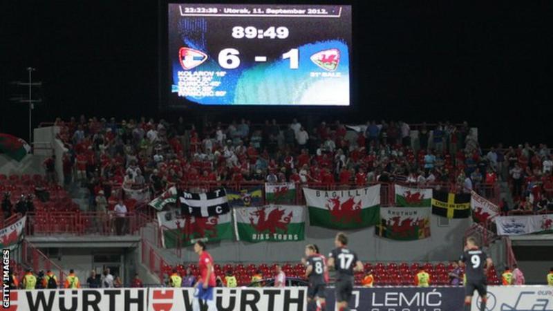 Trận thua 1-6 của Wales