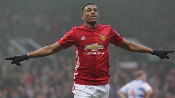 Martial thất sủng kể từ lúc Jose Mourinho tới sân Old Trafford