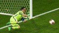 Confederations Cup: Bồ Đào Nha thua vì Bravo hay vì bản thân?