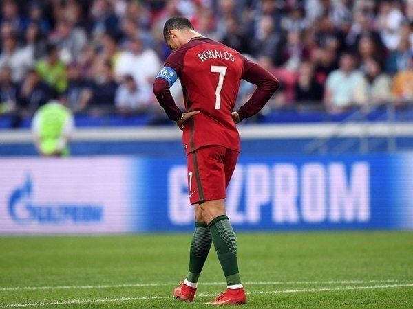 Ronaldo muốn rời Santiago Bernabeu sau khi bị cáo buộc trốn thuế tại Tây Ban Nha