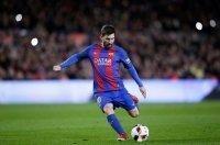 Những pha qua người làm bàn đẳng cấp của Messi