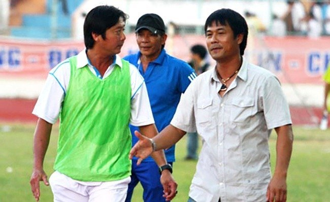 HLV Huỳnh Đức và HLV Hữu Thắng
