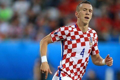 Ivan Perisic cũng là một trong những mục tiêu của HLV Mourinho