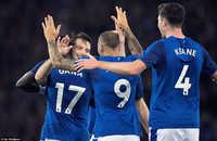 Rooney đá chính,  Everton hưởng niềm vui lớn ở Europa League