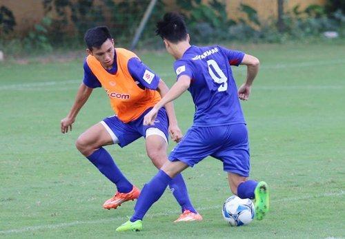 Các mũi tấn công của U22 Việt Nam không có phong độ cao tại V-League