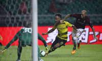 Tiền đạo Aubameyang lập cú đúp, Dortmund hạ gục Milan