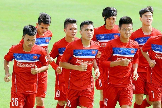 HLV Hữu Thắng cho rằng cầu thủ U20 Việt Nam cần có thời gian