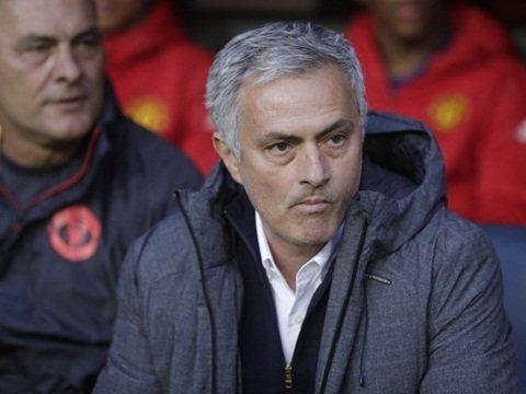 Mourinho đang sở hữu 2 thủ thành chất lượng