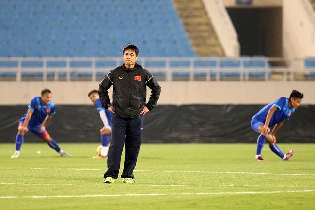 Lẫn cả cay đắng với ĐTVN, bóng đá Việt Nam