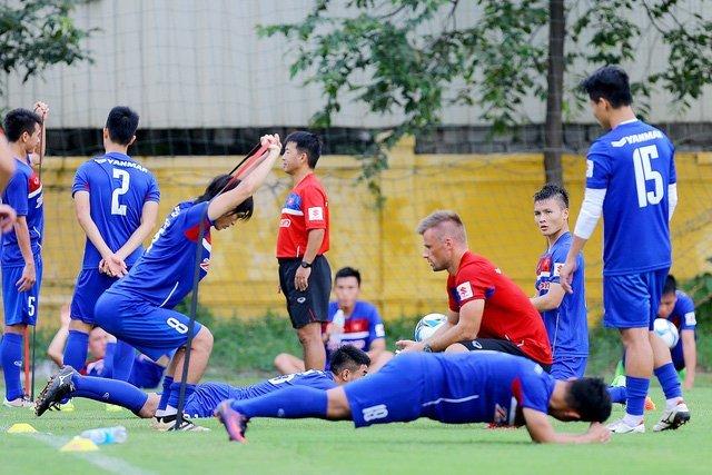 U22 Việt Nam tập khá nặng với thầy ngoại Forkel
