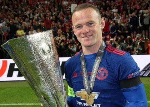 Rooney thừa nhận không xứng đáng vô địch Europa League và League Cup