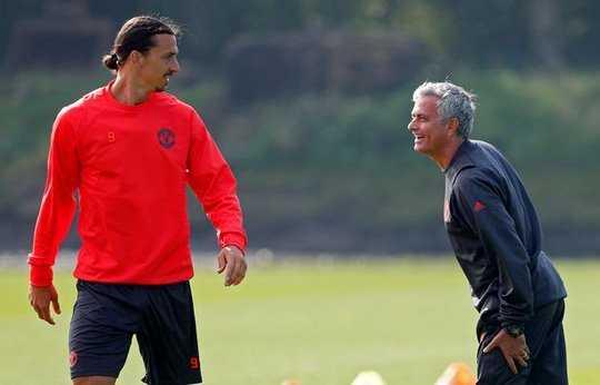 Mourinho xác nhận tương lai Ibra, Liverpool muốn Luke Shaw