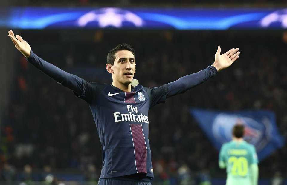 Chelsea vung tiền mua sao, Barca từ chối bán Sergi Roberto cho MU