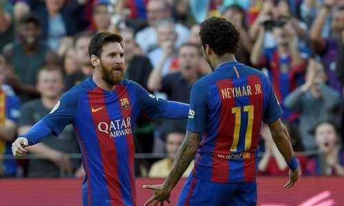 Cố gắng níu kéo, Messi từng hứa giúp Neymar giành Quả Bóng Vàng