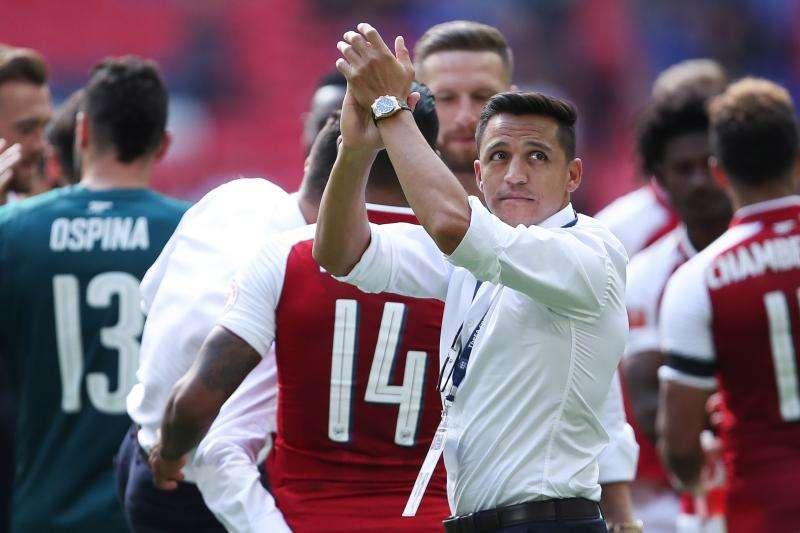 Alexis chấn thương hay đang muốn rời Arsenal?