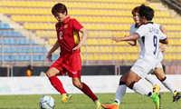 HLV Spencer Prio: Bức xúc khi tuyển nữ Việt Nam được hưởng lợi