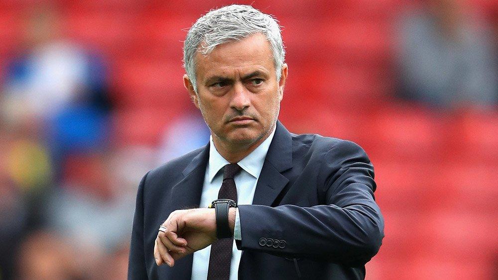 Mourinho bật sếp MU về tương lai chuyển nhượng Premier League