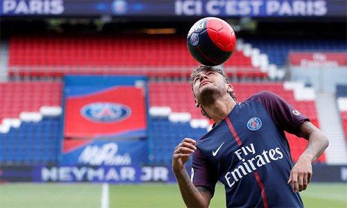 Neymar đến PSG để tìm kiếm những thách thức mới trong sự nghiệp, sau khi đã gặt hái mọi vinh quang có thể ở cấp CLB tại Tây Ban Nha.