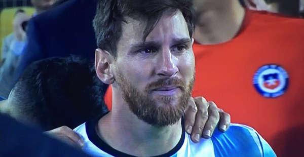 Messi luôn thất bại mỗi khi khoác áo Albiceleste