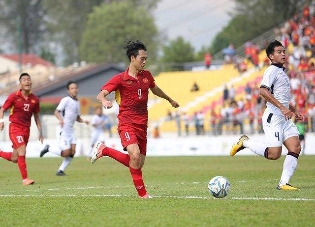 HLV Miura là người đã kéo Văn Toàn vị trí tiền đạo về hàng tiền vệ, giúp cầu thủ này thi đấu hay như hiện nay
