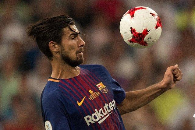 Andre Gomes muốn rời Barcelona